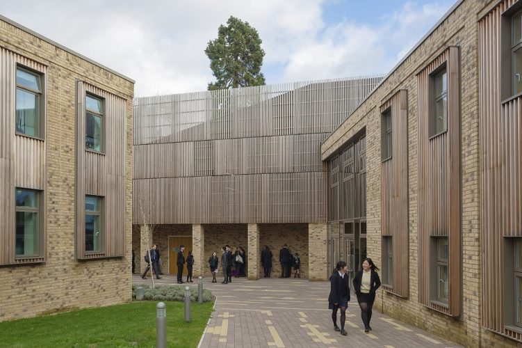 Essential tips to choose the architecture schools in London